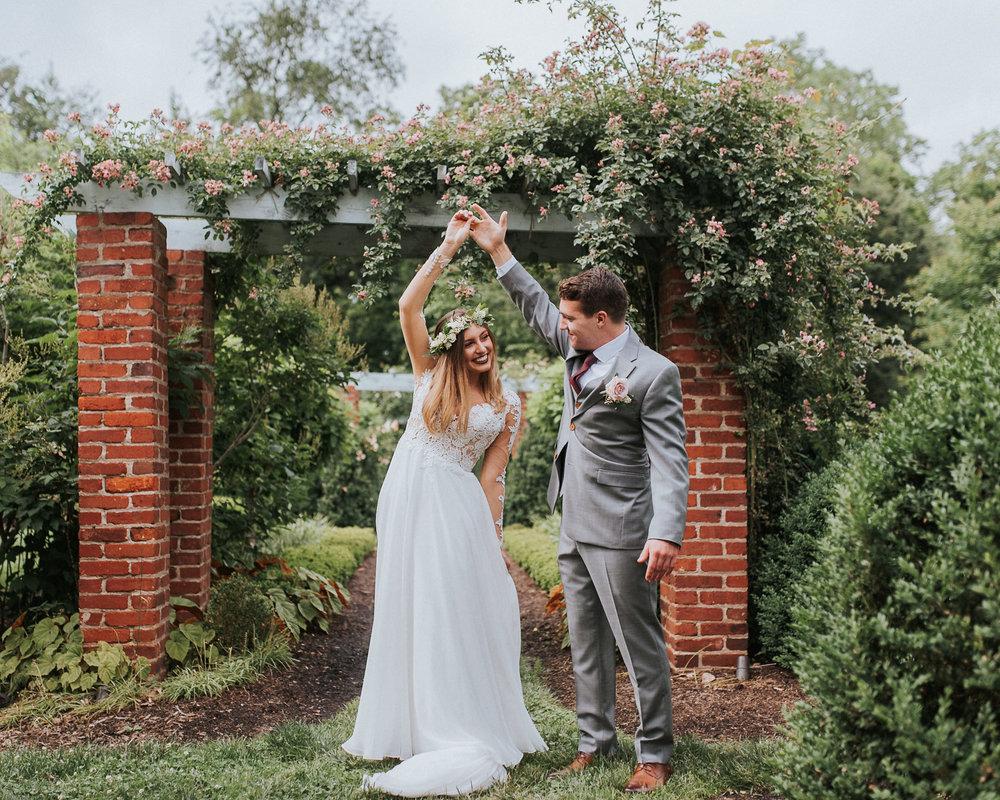 Alexandria River Farm Wedding photographer