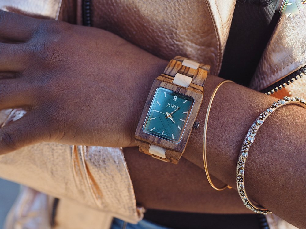 I love unique accessories and this Jord Wood Watch fits my style perfectly! Check out my giveaway with Jord Wood Watches here!