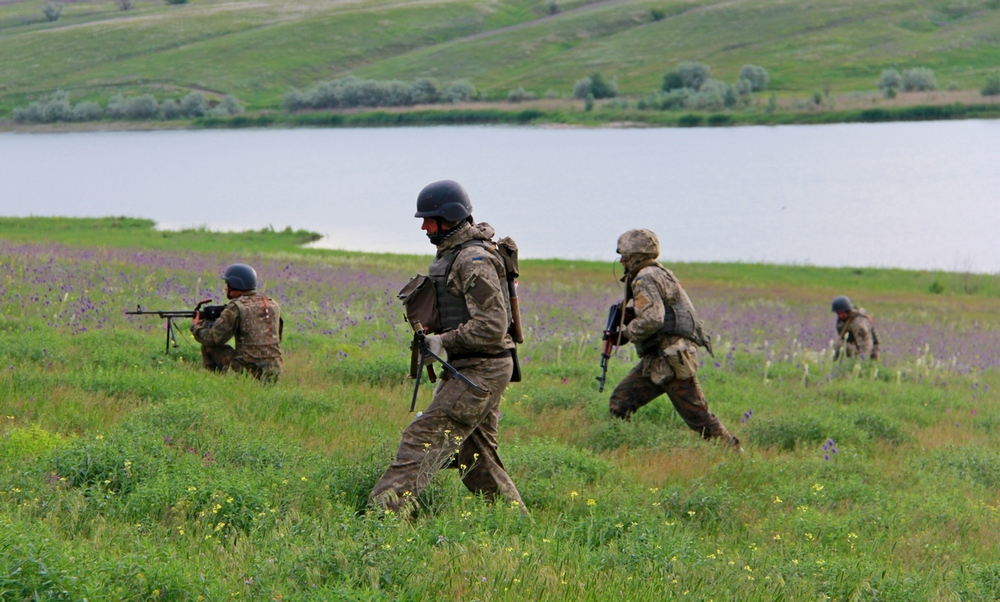 Ukrainian-Army-troops-on-training-exercise.jpg