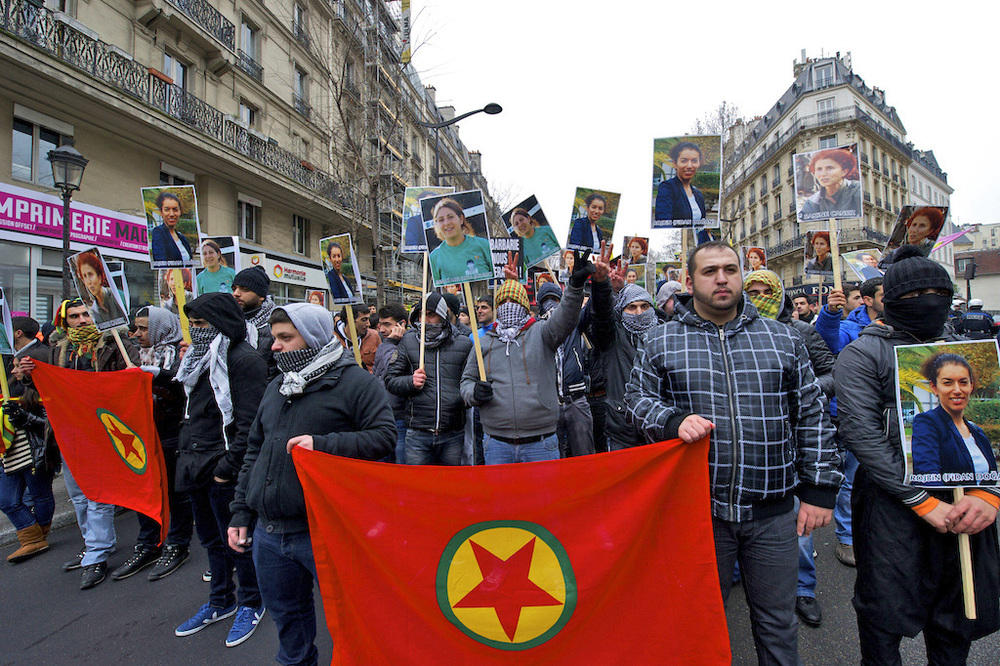Demonstration_in_Paris_for_slain_PKK_workers.jpg