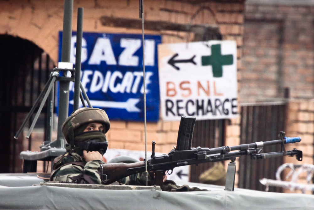 Kashmir-Soldier.jpg