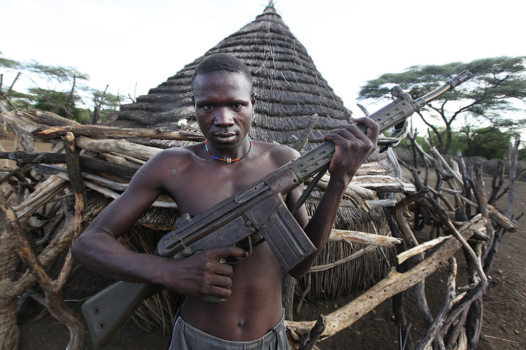A South Sudanese man holding a HK G3 (Source: Steve Evans - Flickr)