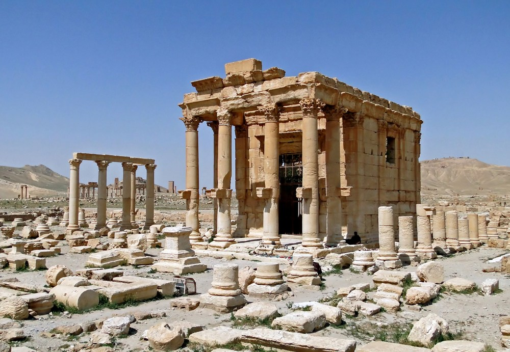 Temple_of_Baal-Shamin_Palmyra.jpg