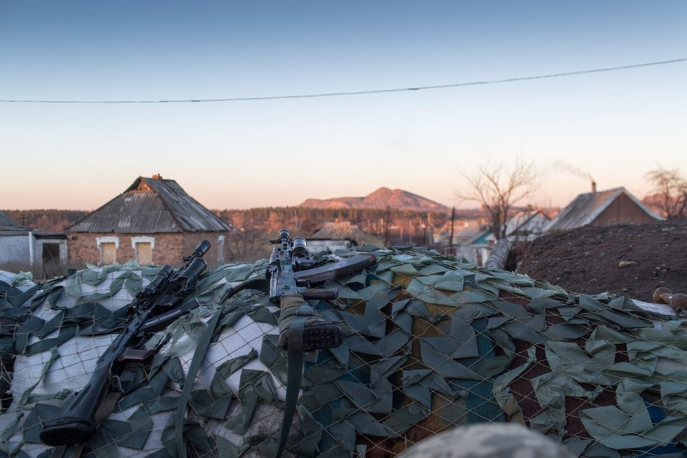 "The ""crocodile"" in Mariinka. Photo: Bryce Wilson (@drjft) 