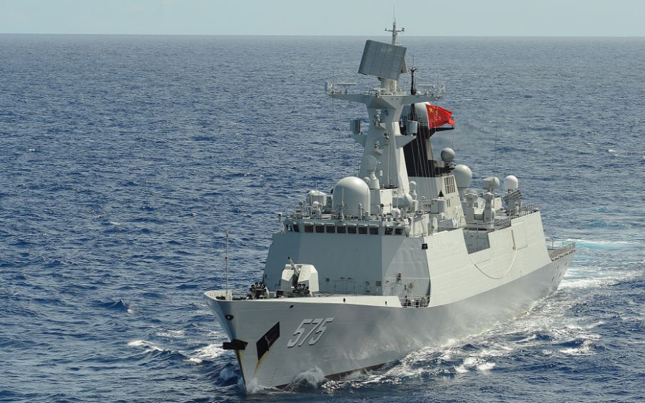 A Chinese People's Liberation Army Navy frigate Yueyang (FF 575). Source: Wikipedia Commons.