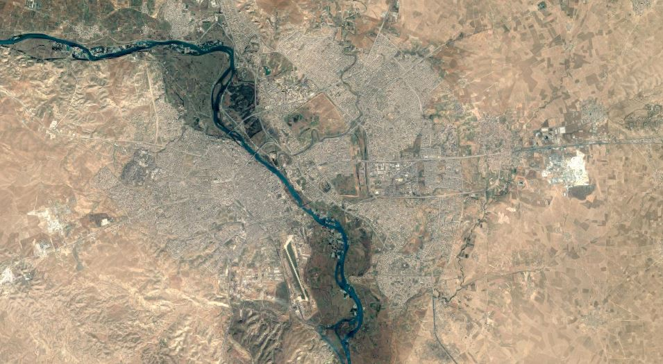 A satellite image of Mosul, Iraq. Image: Google.