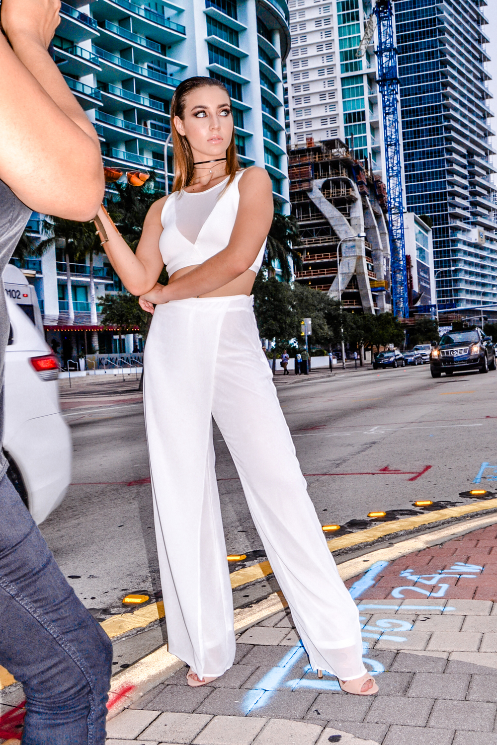 behind-the-scenes-style-link-miami-illy-perez-fashion-photography-12.jpg