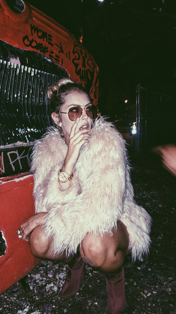 Miami-fashion-blog-stylist-illy-perez