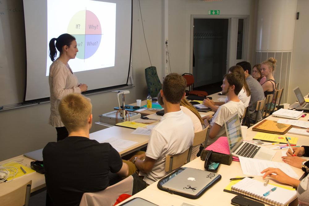 Caroline Bolmeson från Lunds universitet berättar om presentationsteknik.