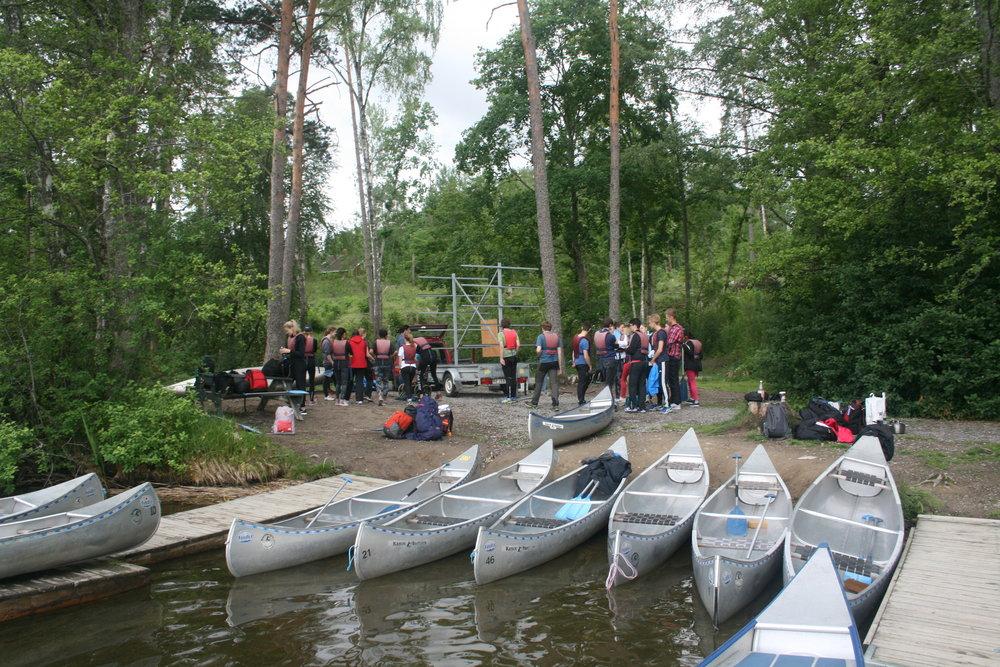 Samling innan avfärd från Åkers styckebruk.
