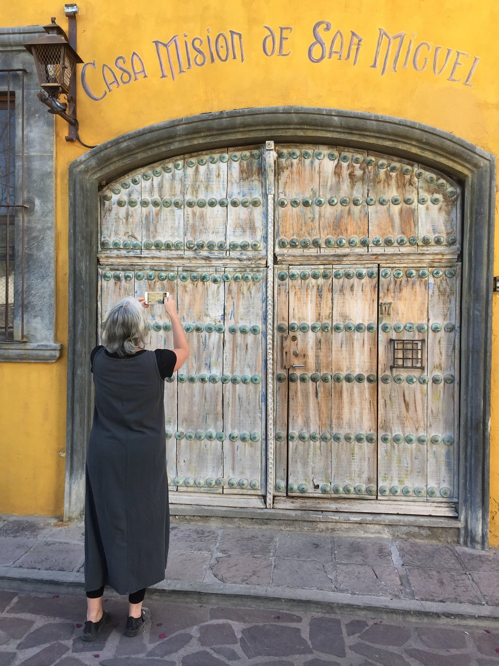 Carla Sonheim capturing texture on a beautiful door