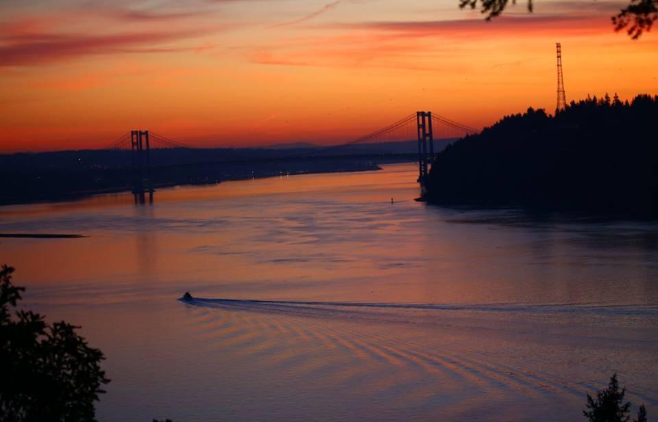 Narrows Bridge linking Tacoma to Gig Harbor