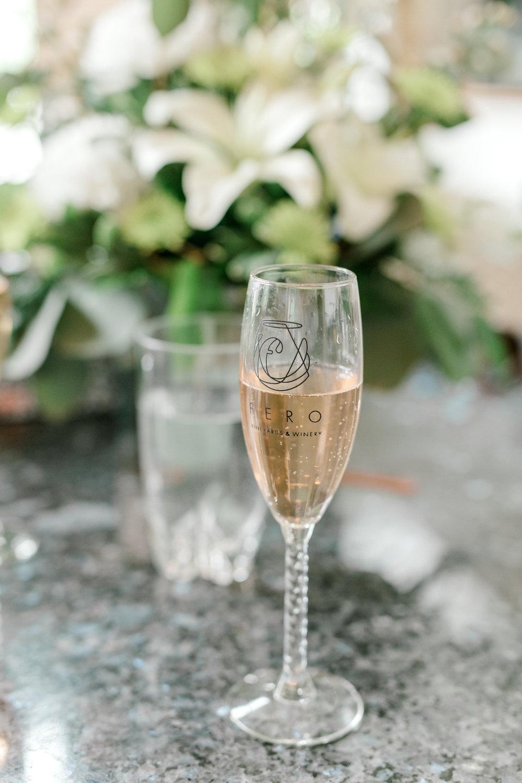 alli-and-josh-wedding-favorites-20.jpg