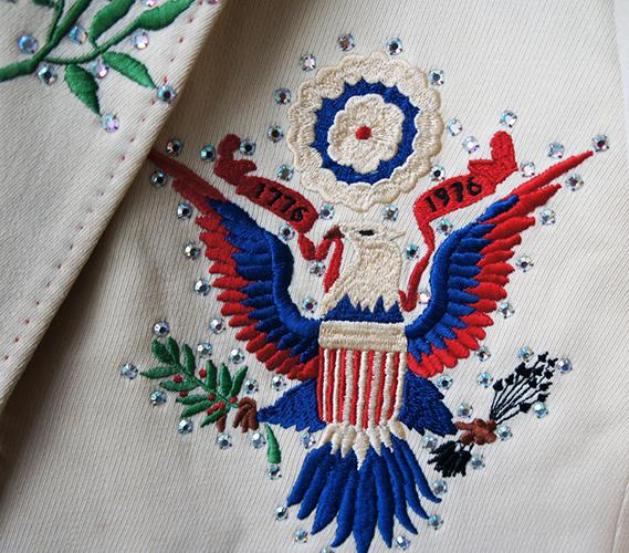 nudie-cohn-lenny-dee-bicentennial-suit-detail-1_13944711920_o.jpg