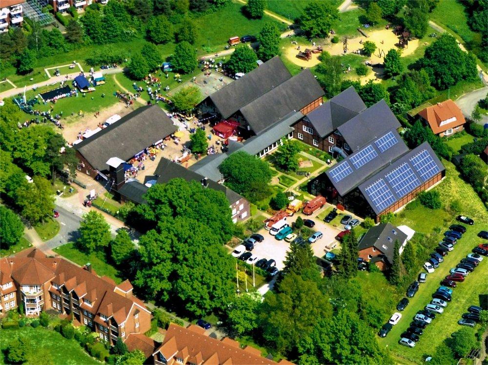 Luftbildaufnahme vom 12. Norderstedter Museumsfest am 21. Mai 2017, Foto: Karl-Heinz Marten