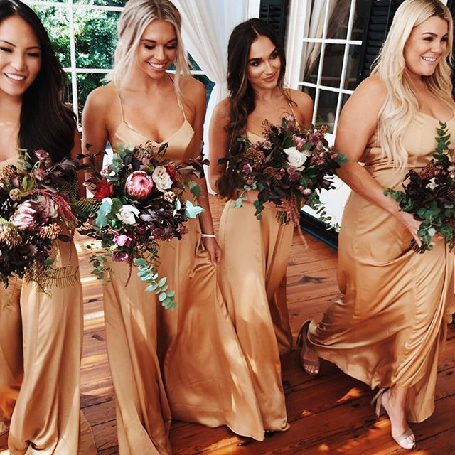 Still daydreaming about this MUtiful day! @mumuweddings newest collection is now available! Brides - this is collection not to miss for your bride tribe! #Repost @mumuweddings ・・・ Mu-bridal has arrived and we have exciting new colors and styles for you and your bridesmaids! ~ True Gold Luxe Satin ~ online now 💍✨