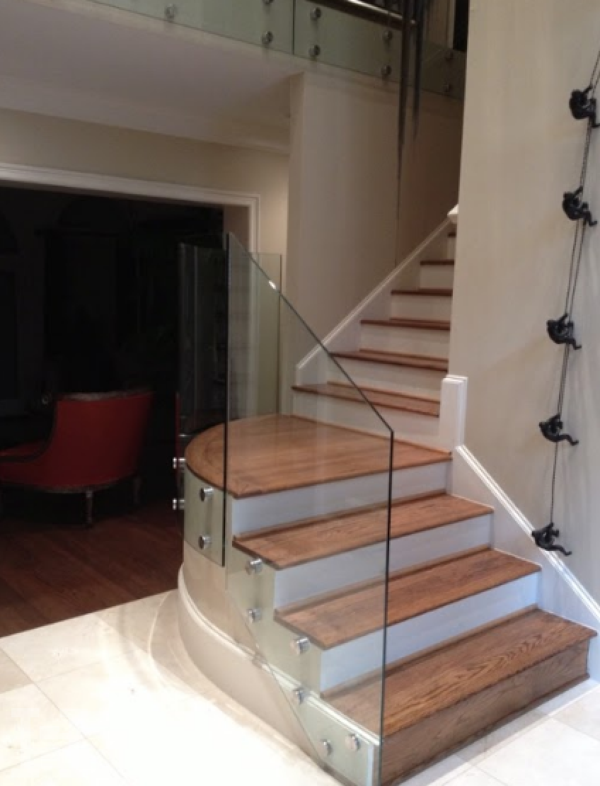 Charmant You Can View Some Of Our Various Curved Glass Railings Below