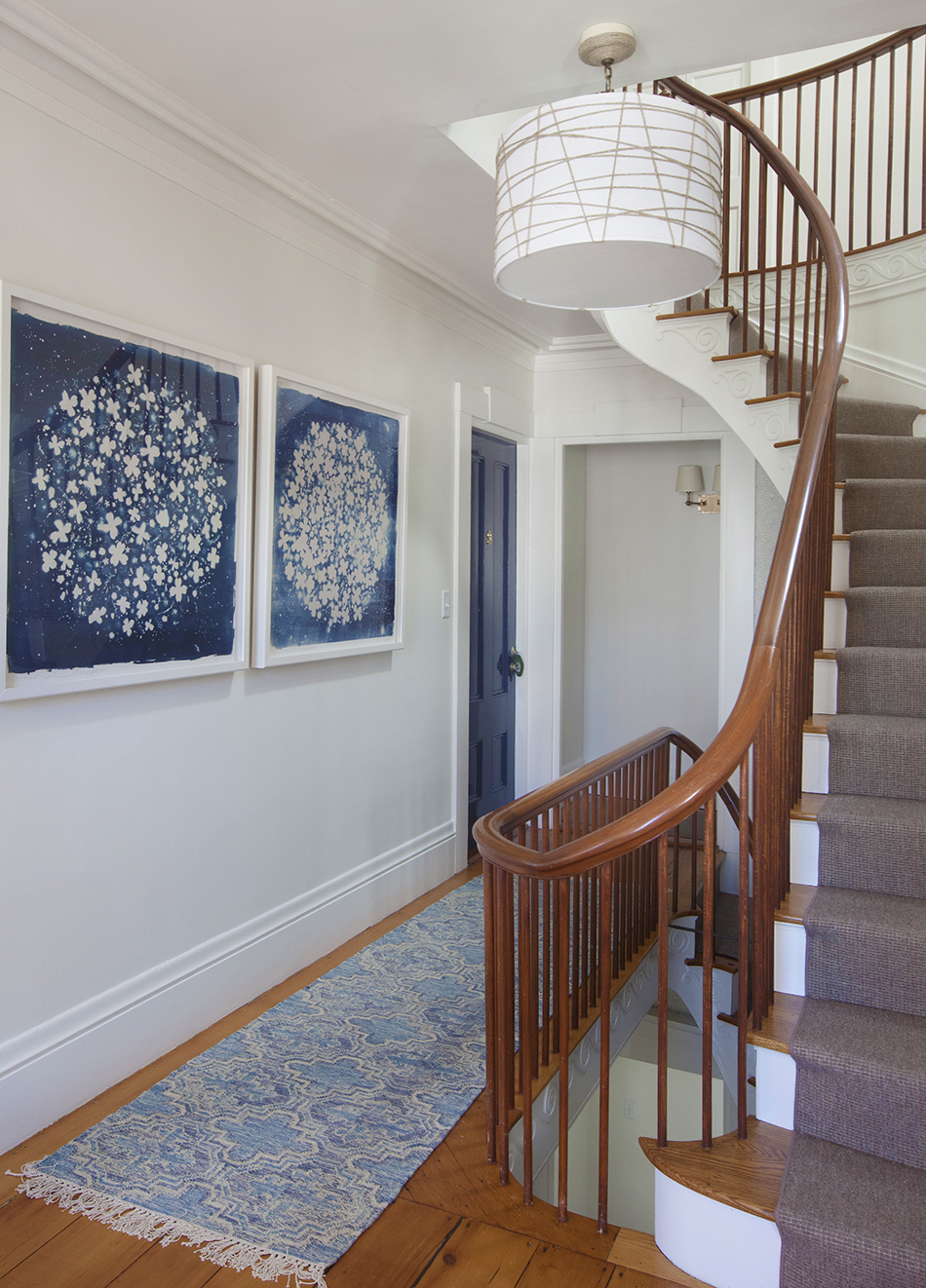 ManorHouse-upstrairshall12low