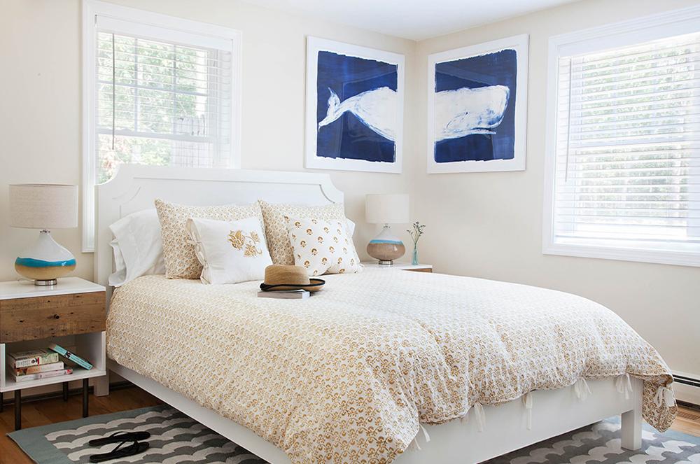 Sarah_0011_Bedroom-12.jpg