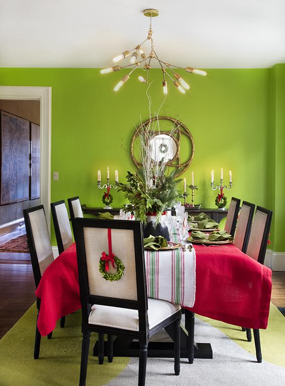 ConcordHolidayHouse-Dining2b.jpg