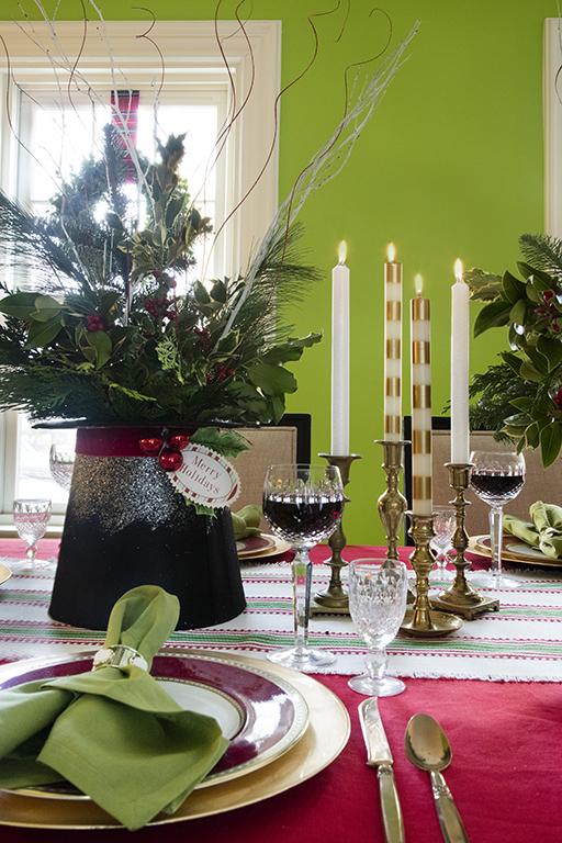 ConcordHolidayHouse-Dining3.jpg