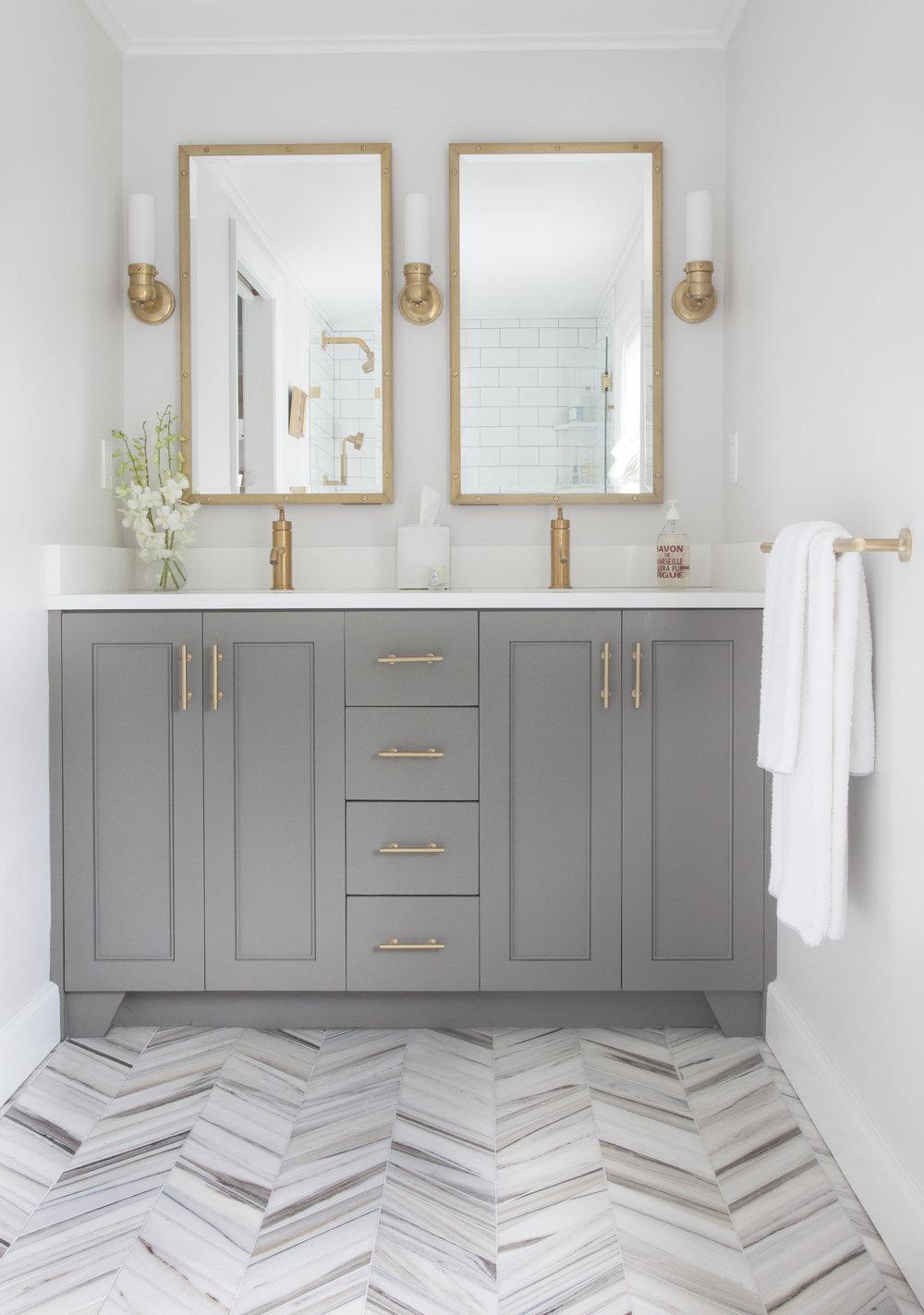 Winchester_ErinGatesbathroom_4.jpg