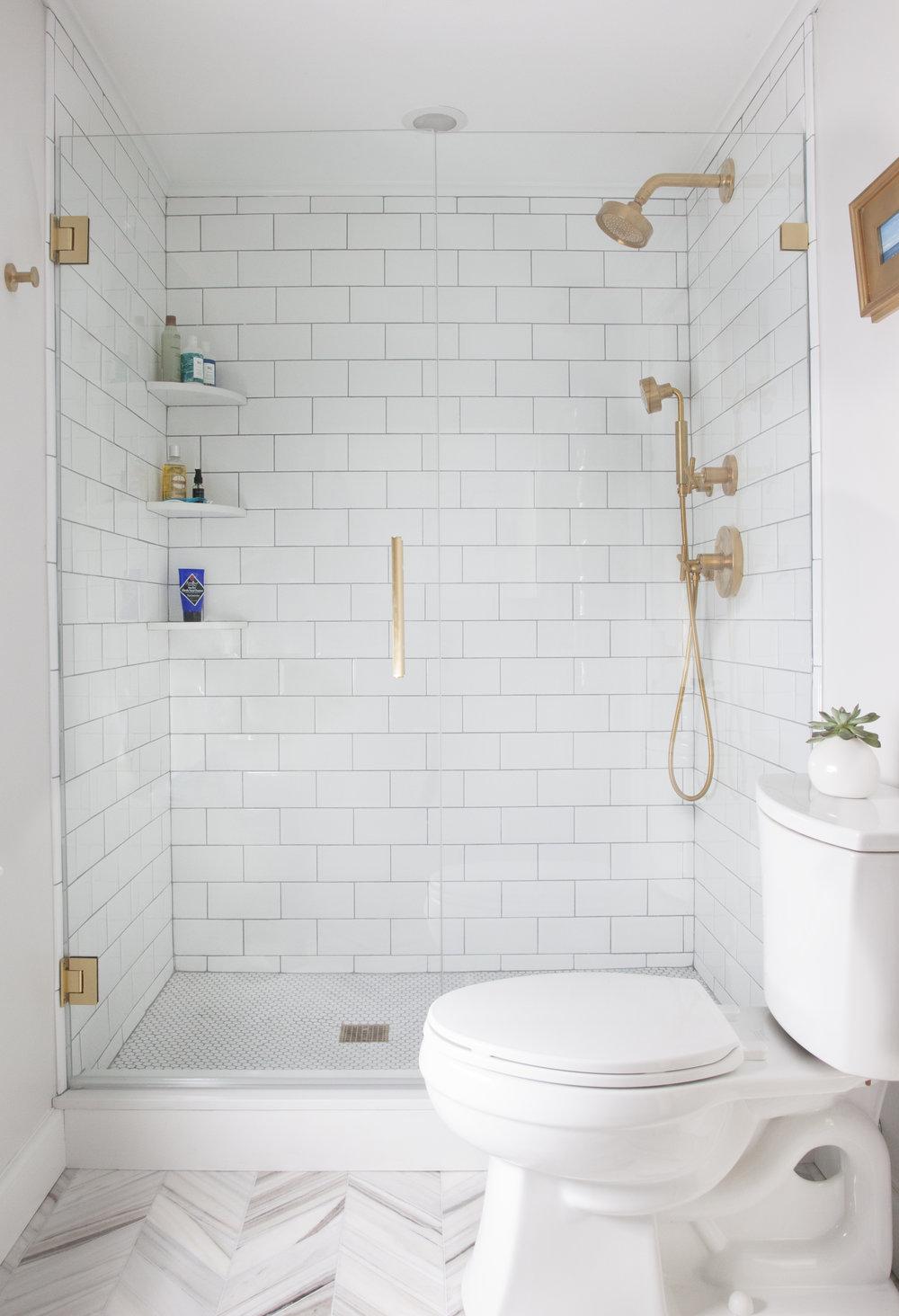 Winchester_ErinGatesbathroom3.jpg