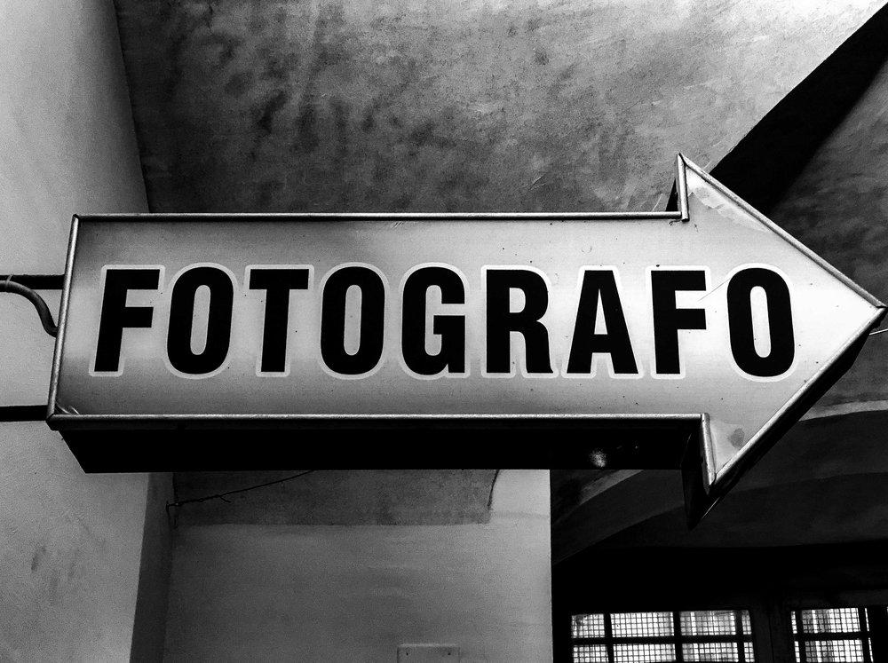 Grazie, Magazzini Fotografici!