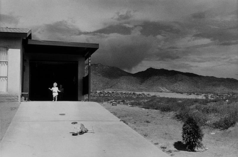 Albuquerque, New Mexico , 1957, Garry Winogrand. Image copyright Estate of Garry Winogrand, courtesy of Fraenkel Gallery