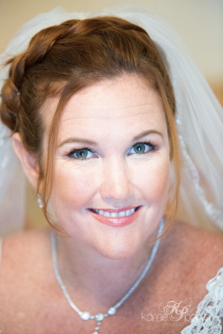 Close-Up-Portrait-Red-Hair-Bride-In-Key-West.png