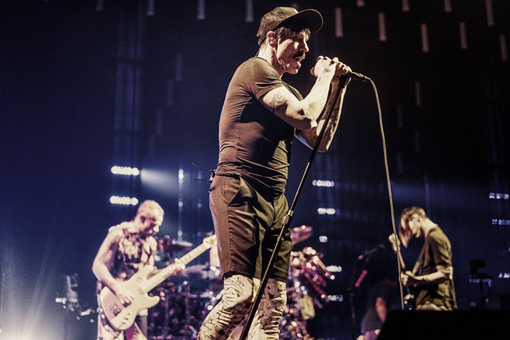 Red Hot Chili Peppers rock Dallas (photo credit: Dallas Observer/Mike Brooks)