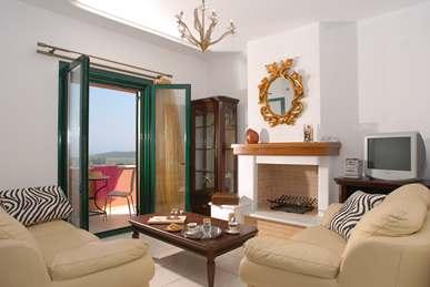 First Floor Living-room (Maisonnette) (Copy).jpg