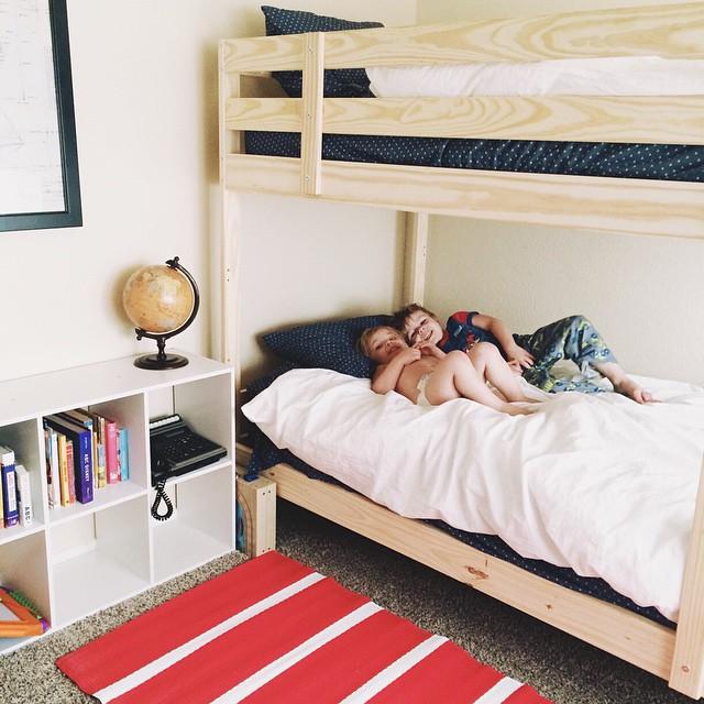 Minimalist Homeschool Room: Minimalism + Motherhood: Purging The Kids' Rooms