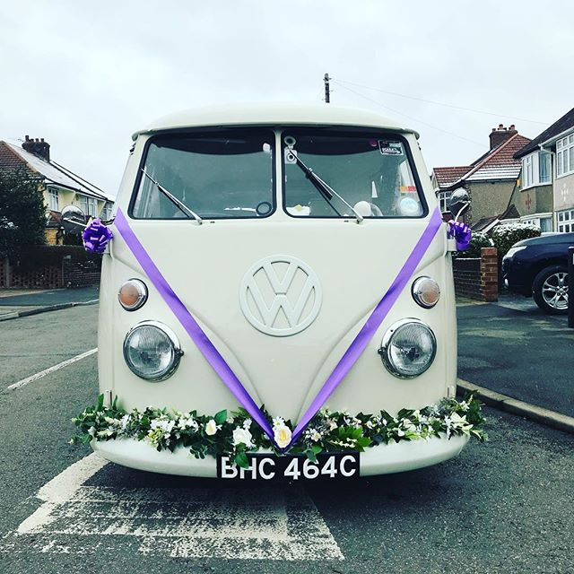 Wedding car AND photobooth! Hire me for your wedding or party x #photobooth #photoboothlondon #photoboothhire #photoboothuk #photoboothprops #photoboothbackdrop #wedding #bride #groomsmen #reception #hallplace #dansonhouse #prestoncourt