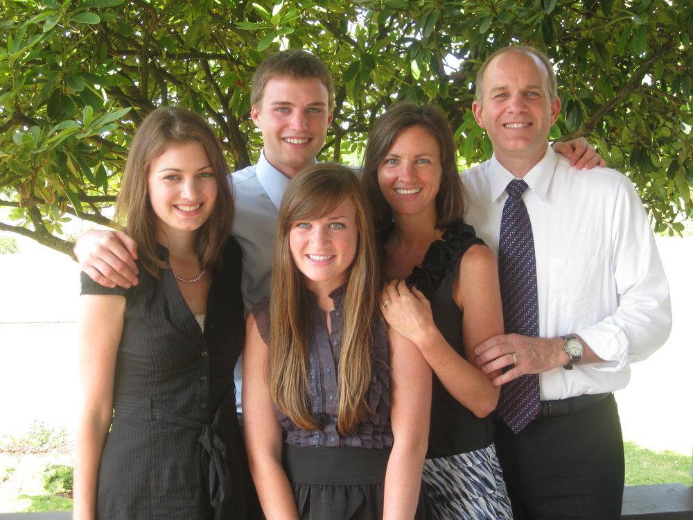 Gary Thomas family photo.jpg