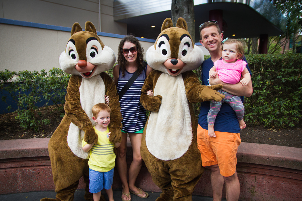 hollywood studios / disney photographer / chip and dale