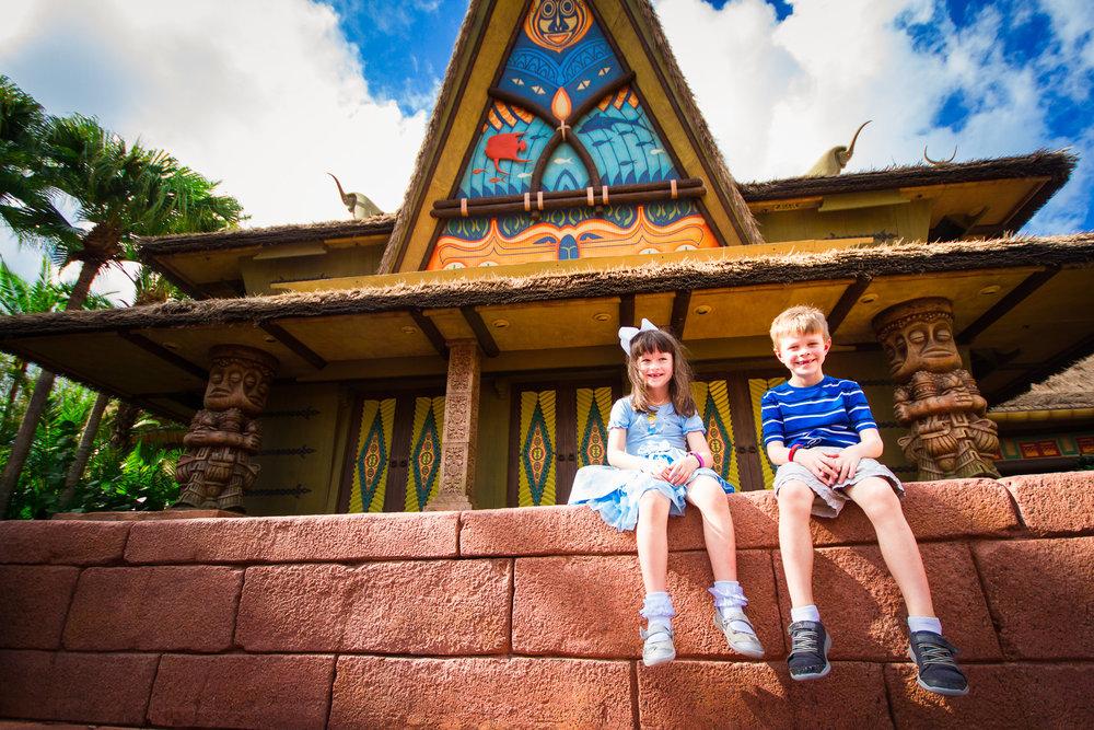 magic kingdom photographer / disney vacation photographer / mickey ice cream bars