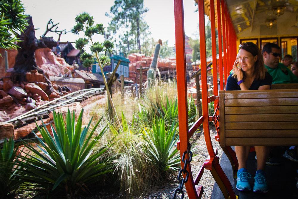 magic kingdom photographer / disney vacation photographer / disney world railroad