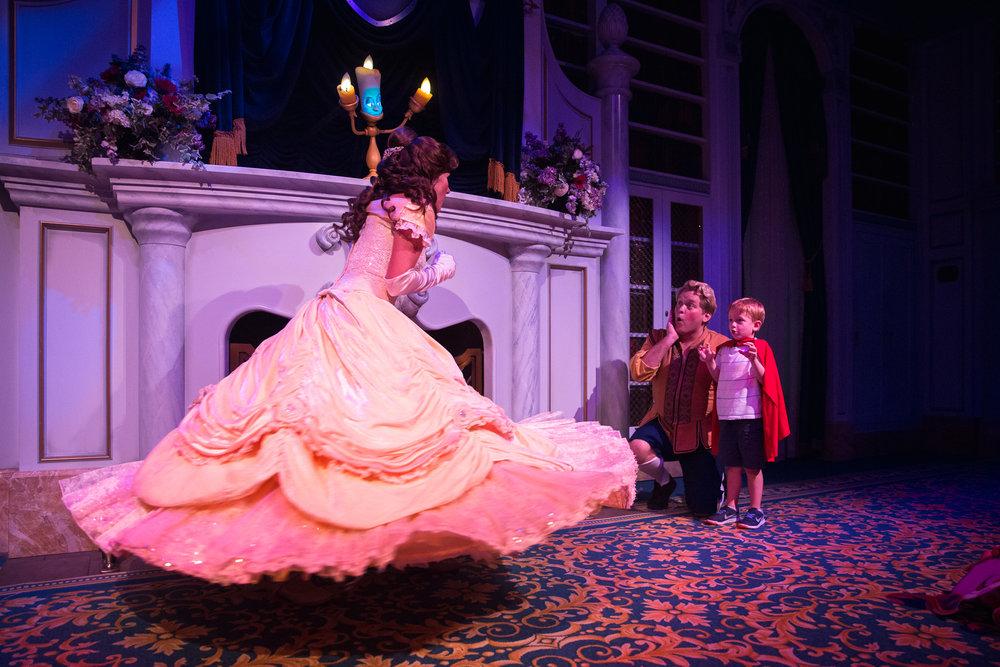 magic kingdom photographer / fantasyland / enchanted tales with belle