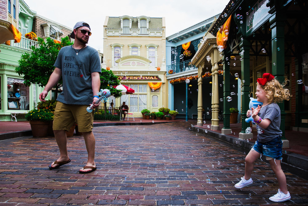 disney documentary photographer / magic kingdom family photographer