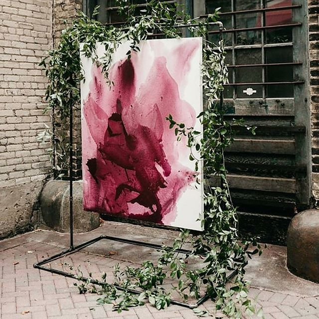 Art in the city - a temporary graffiti. #cantikcollective 📷: @emilyquandahlart