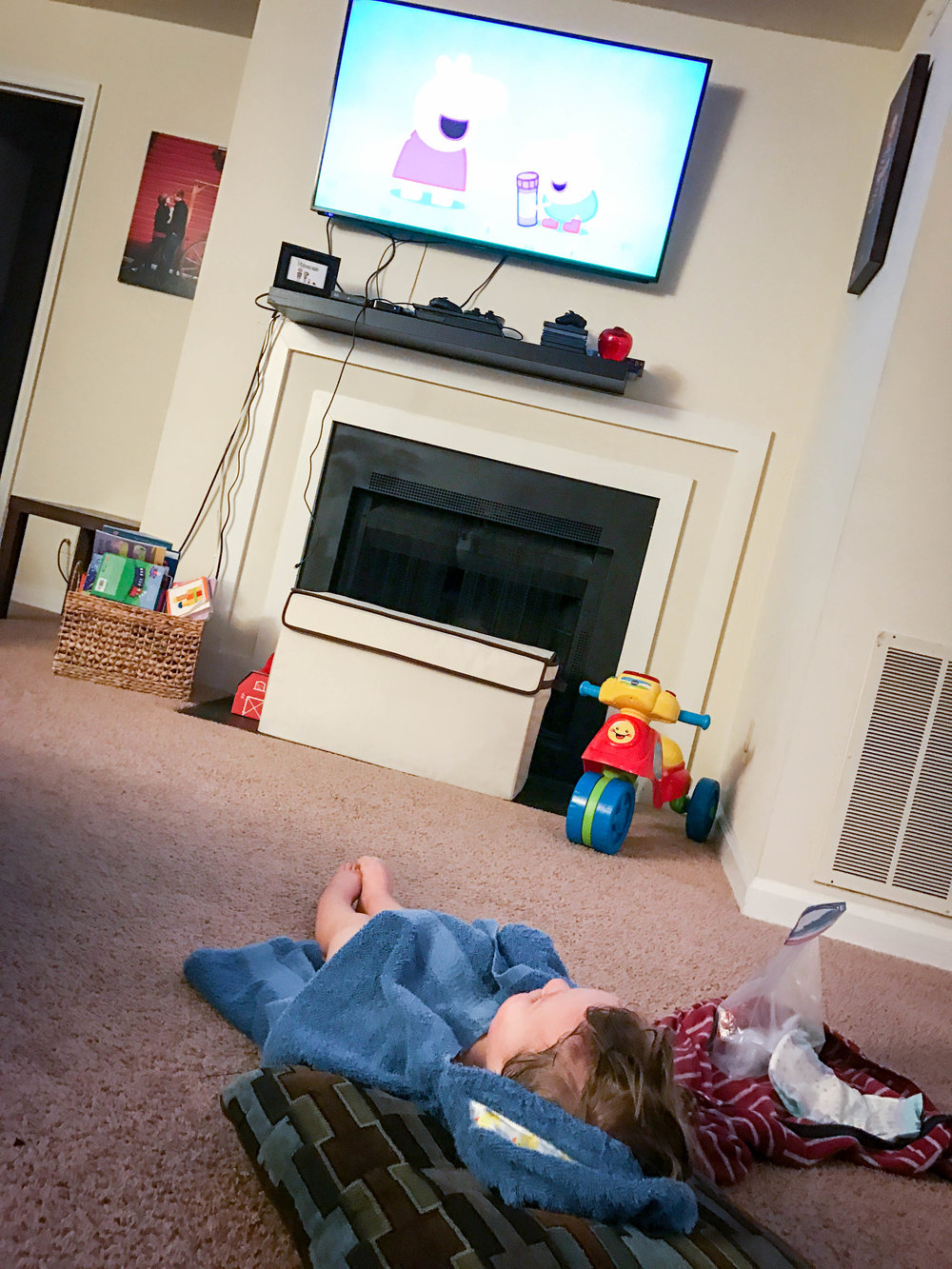 At the end of each day Max would relax and watch Peppa Pig (his absolute fav)