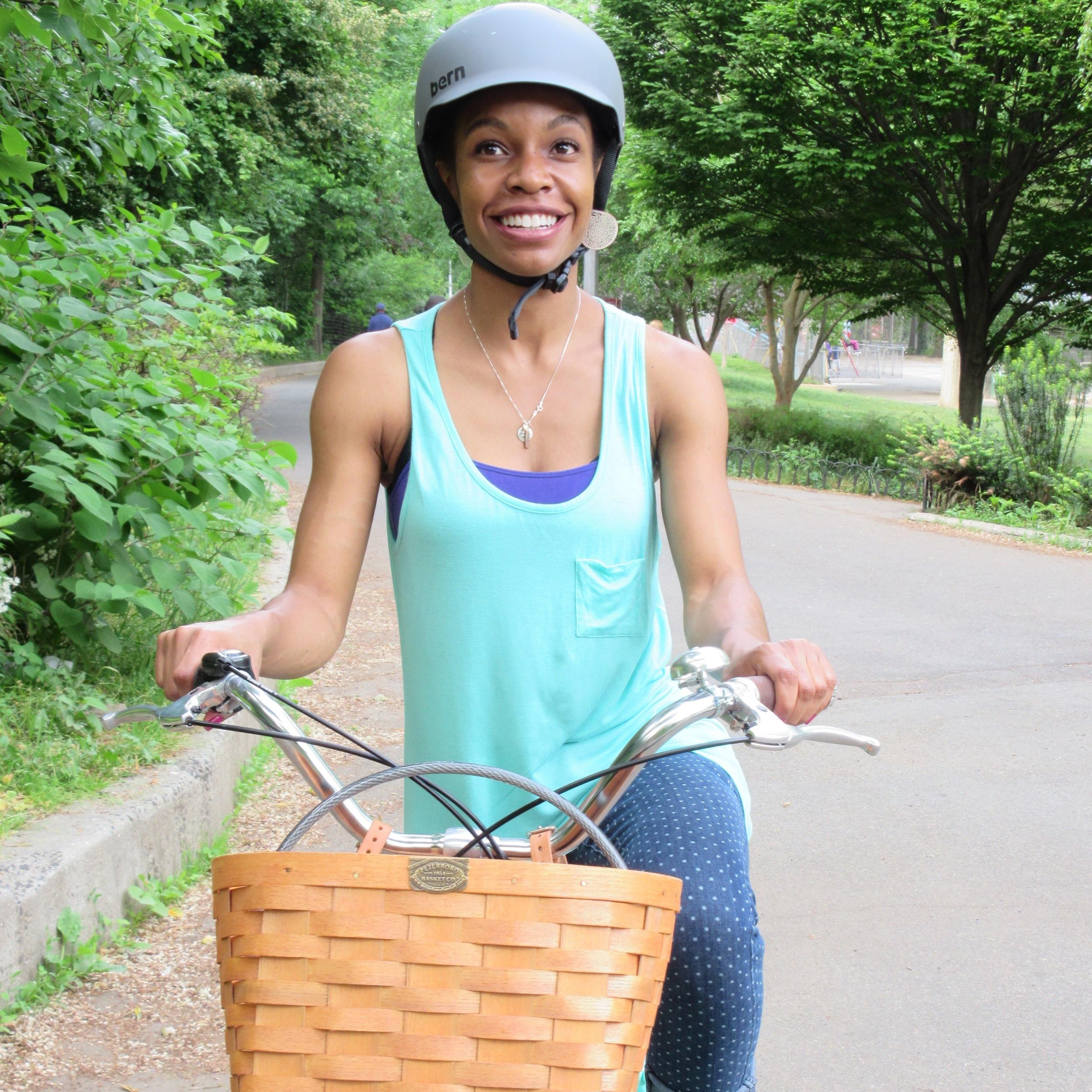 avoiding helmet hair: 5 bike helmet friendly hair dos — live fertile