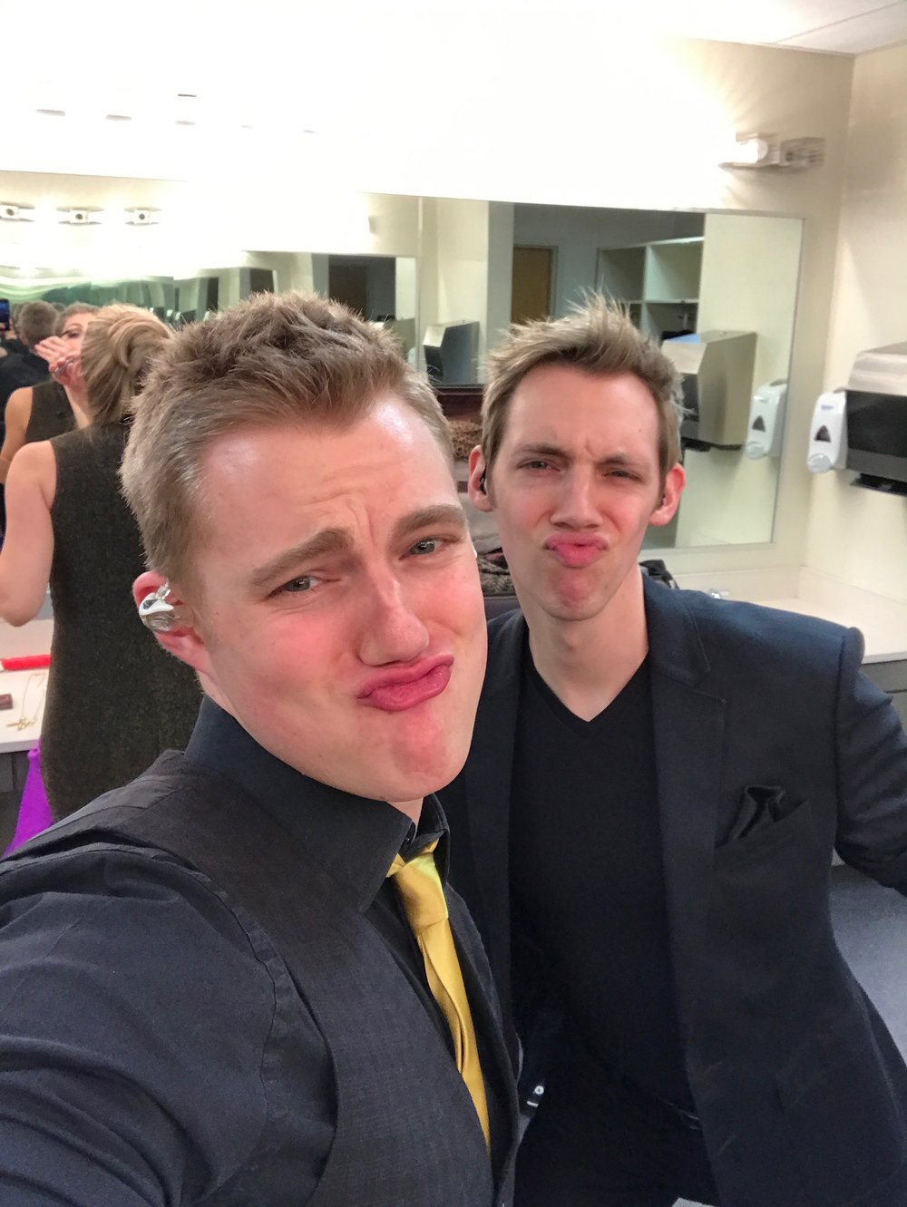 Bros.