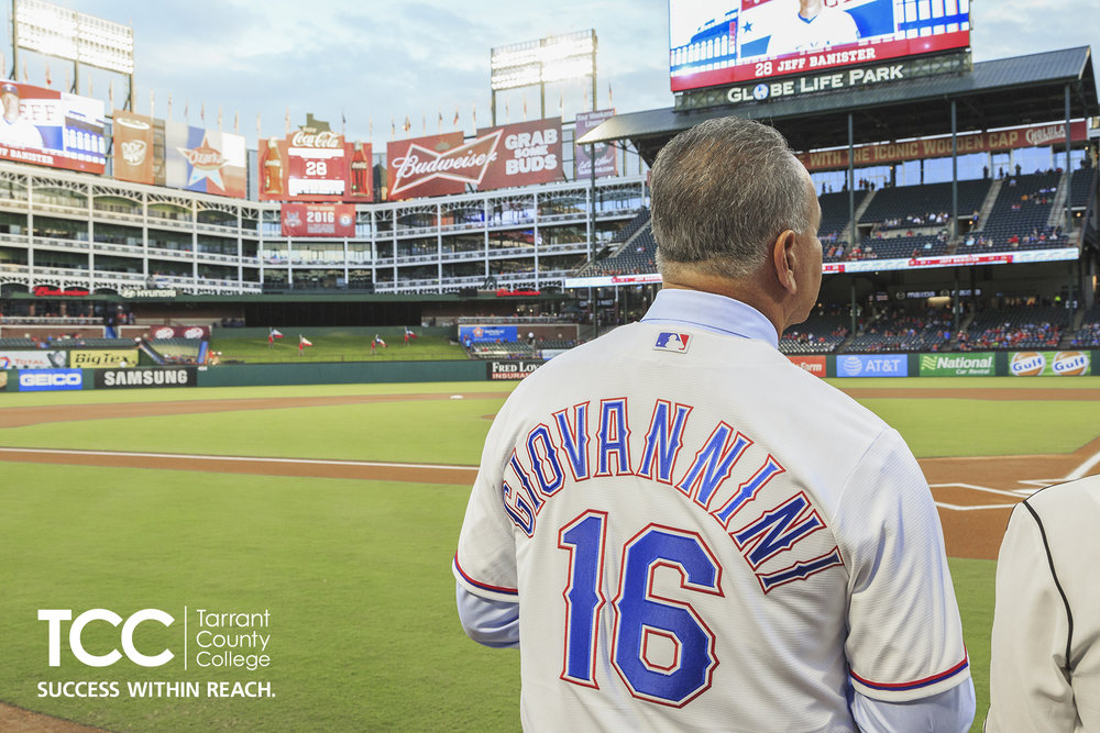 2016FA_rangers_first_pitch_2518.jpg