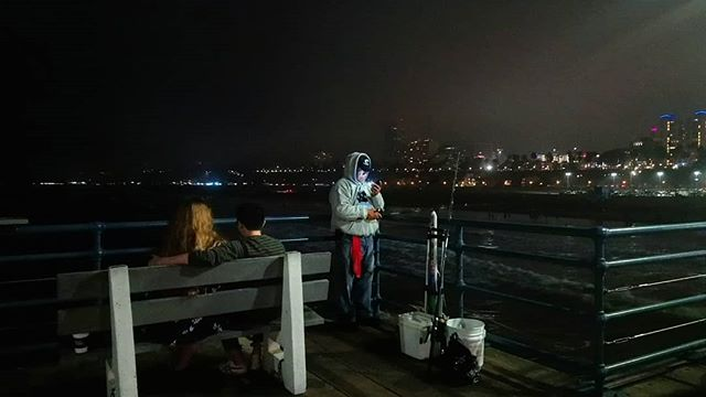 Tinder Fishing . . . . . . . #santamonica #pier #fisher #fisherman #love #tinder #celphone #dating #date #lookingforlove #paradox #romantic #fishpole #loveseekers #night #LAnights #california #californialove #calilove #nightphotography #instatinder #nightlights #kinkyfisher #lol