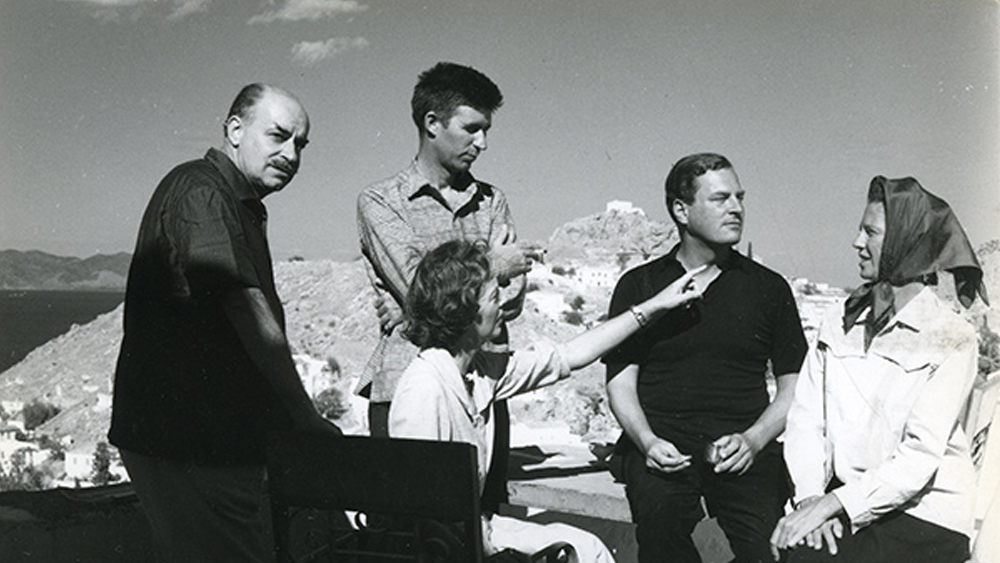 Left to right, Niko and Barbara Ghika, John Craxton, Patrick and Joan Leigh Fermor on Hydra in 1958 Photo: Roloff Beny © Library and Archives Canada. Reproduced with the permission of Library and Archives Canada. Source: Library and Archives Canada/Roloff Beny fonds/People series, sleeve PEO 0347 Benaki Museum – Ghika Gallery, Photographic Archive, Athens