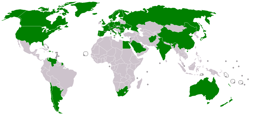 THe status of the Svalbard Treaty prior to the 2012 accessions of south korea and lithuania (Contracting parties in green).   CREDIT: By User: Alinor (English Wikipedia) [GFDL (http://www.gnu.org/copyleft/fdl.html) or CC-BY-SA-3.0 (http://creativecommons.org/licenses/by-sa/3.0/)], via Wikimedia Commons.