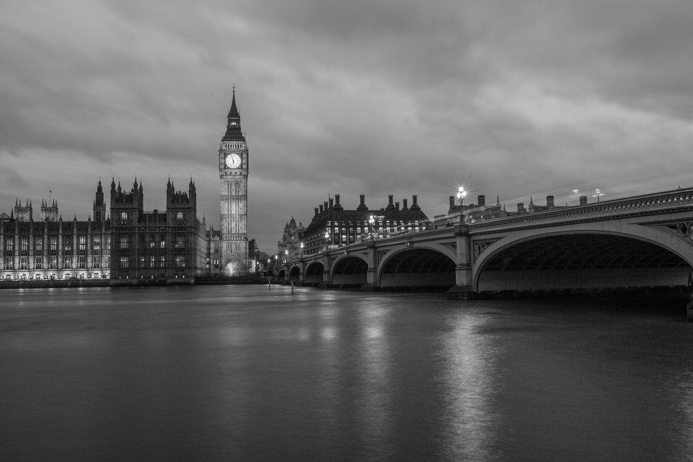 big-ben-black-and-white-bridge-34077.jpg