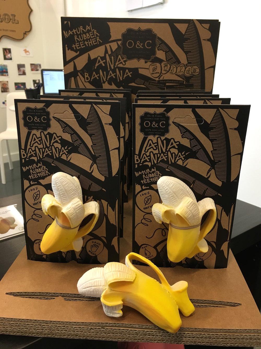 hoiberlin-oli&carol-playtime-banana.jpg